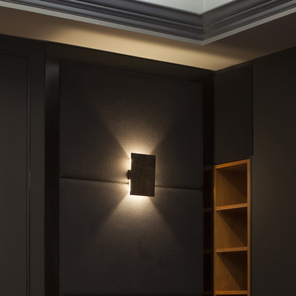 Tersus Sconce by Cerno