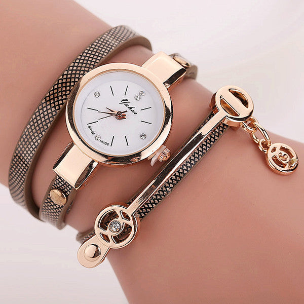 Women Leather Bracelet Watch Gold Case Quartz Watch - Ashlays - 8