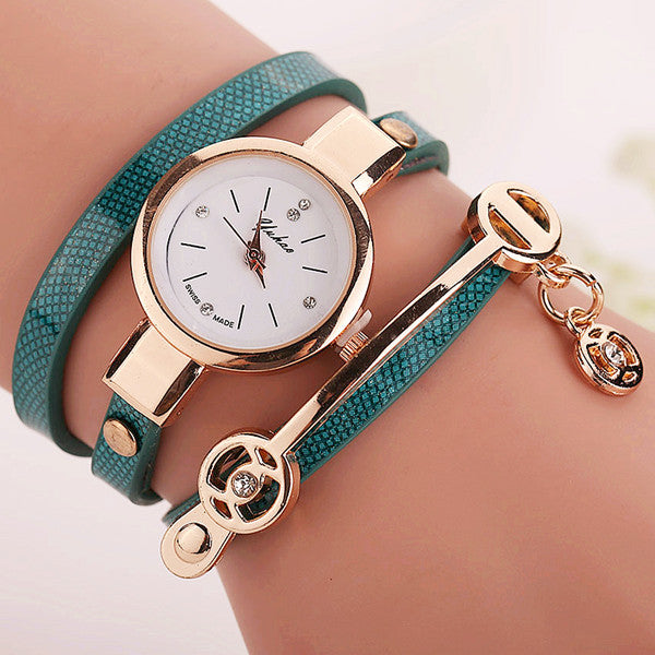 Women Leather Bracelet Watch Gold Case Quartz Watch - Ashlays - 10