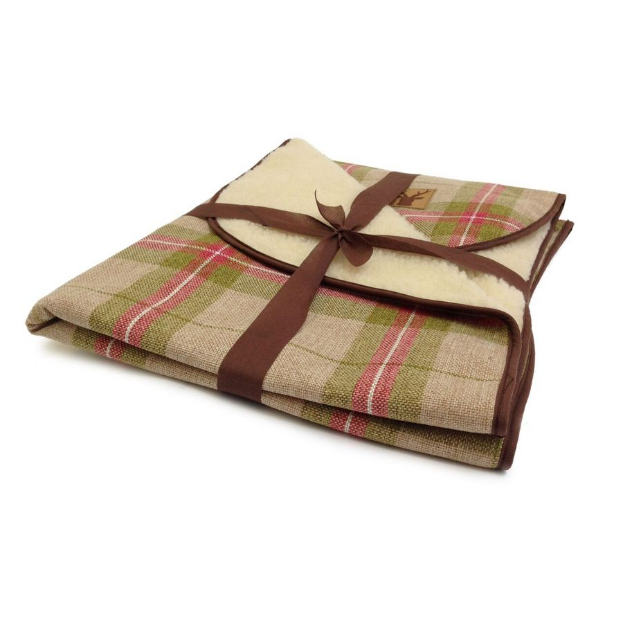 Danish Design Newton Moss Luxury Pet Throw - Fernie's Choice Classic Country Wear for Dogs