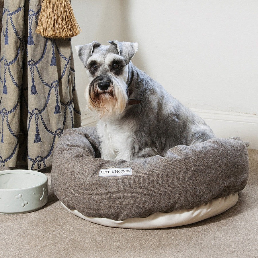 Herringbone Tweed Donut Bed - Fernie's Choice Classic Country Wear for Dogs