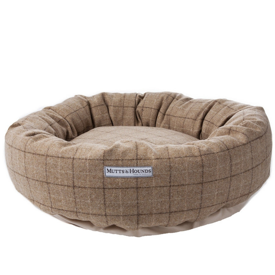 Oatmeal Check Tweed Donut Bed - Fernie's Choice Classic Country Wear for Dogs