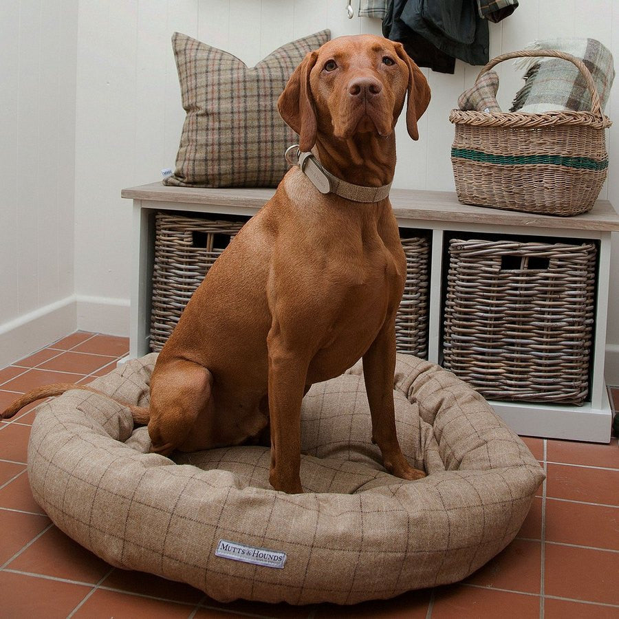 Mutts & Hounds Luxury Oatmeal Check Tweed Donut Dog Bed - Fernie's Choice