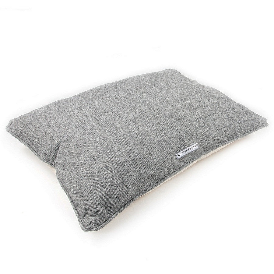 Mutts & Hounds Luxury Stoneham Tweed Pillow Dog Bed - Fernie's Choice
