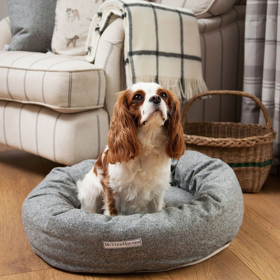 Mutts & Hounds Luxury Stoneham Tweed Donut Dog Bed - Fernie's Choice