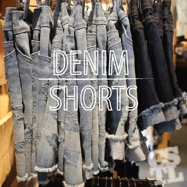 Fun fact: this week is supposed to see temperatures reach above the 20's!! Are you prepared? #denim #shorts #cstlladies #summa #weather