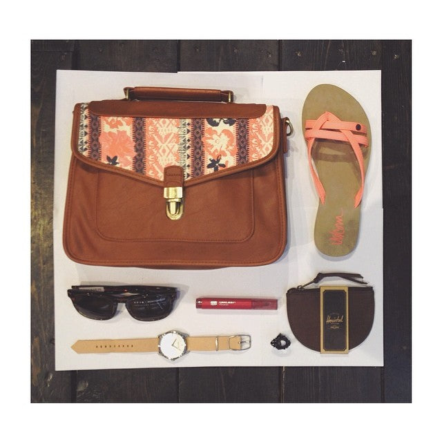 And for the ladies... #SummerEssentials #CSTLspring #wellpacked @volcom @herschelsupply @nixon_now @spyoptic