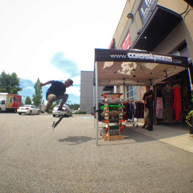 come chill out front the shop and #fakieflip with @theratchetwrangler #summerdaze #tentsale