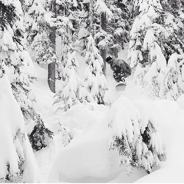 #tbt to @derek_mo slayin #pow. Flash forward to a few months and we will be right there with him. Who's stoked to go board? #powabunga #madpowdisease #powpow photo shot by @_lemay