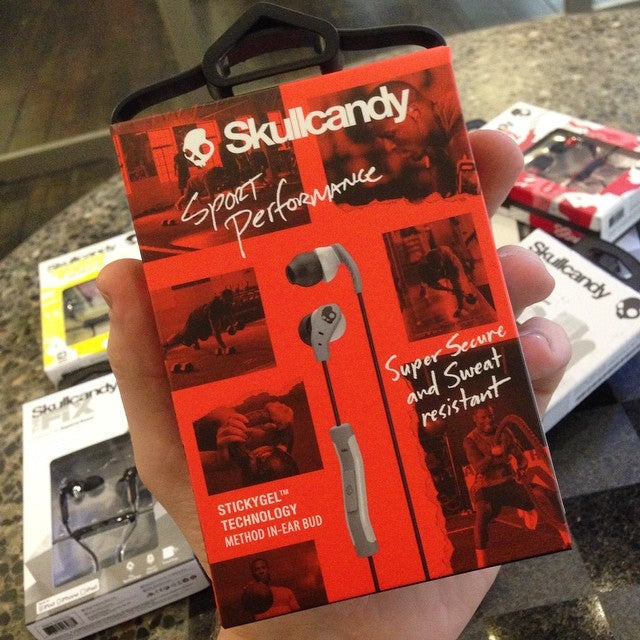 we just got restock in all @skullcandy headphones including the amazing #method buds featuring #stickygel technology. even when you sweat these won't slip. it's science. #skullcandy #pushplay