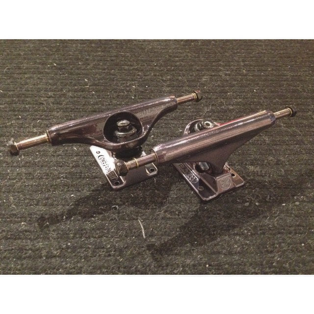 @independenttrucks forged baseplate and titanium axel. one of the lightest and strongest trucks on the market. grab em and they'll last forever #forged #titanium #supportlocal