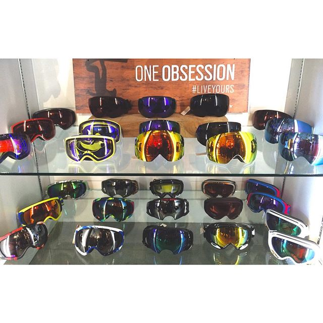 Brand new @oakley 2016 goggles now on shelves! Tons of flight decks and air brakes. #cstlwinter16 #coastalriders #oakley