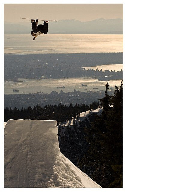 Who is stoked to go shred? Friday is the deadline for the #ecs4free contest. Follow @ecsphoto and post one of his photos. Tag @ecsphoto and use the #ecs4free to win a print of your choice! @brendanwkeenan gettin up there on city booter.