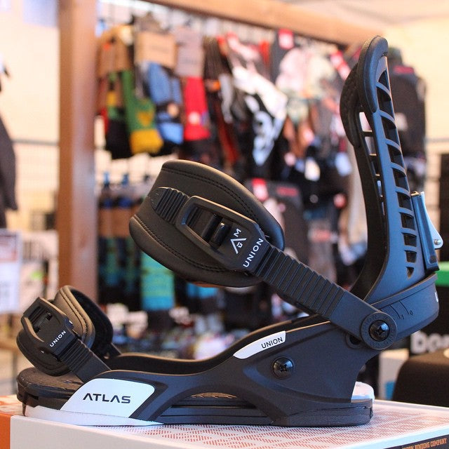 Final day of the #CSTLturkeysale! All Union bindings 40% off. grab one of the most responsive bindings in the game. The #atlas $192 down from $319.99. We're open until 6pm! @unionbindingco #supportlocal #shoplocal #snowboardingsale