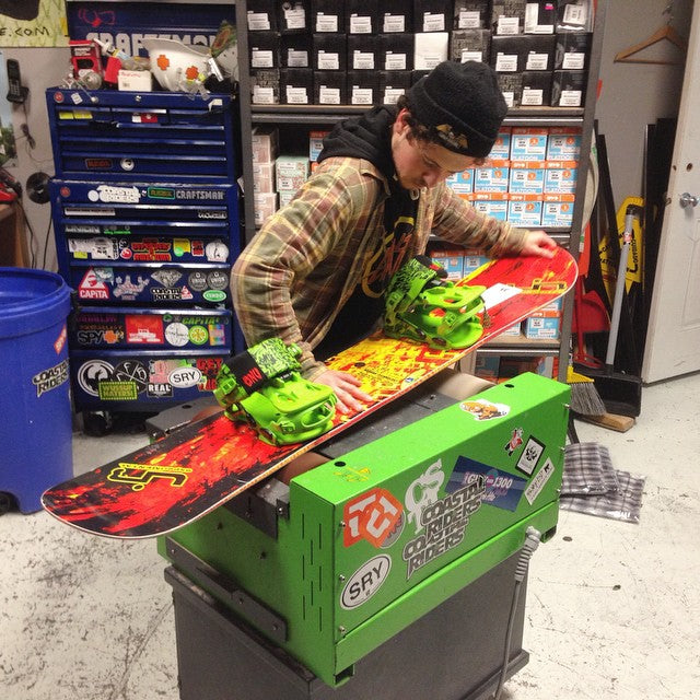@bradleycairns throwin on fresh machine waxes for #FREE all day today. come get your gear waxed up!! #supportlocal #winteriscoming