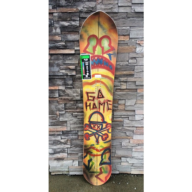 Check out the new @stepchildsnowboards Locals only. Slight taper, directional shape, rips everywhere. #StepMakesPowBoardsToo #CSTLwinter