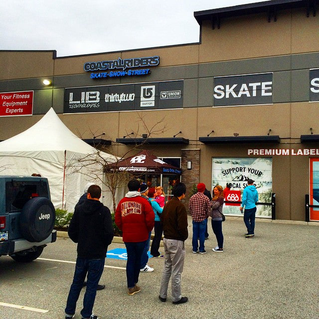 The line up has started for the #CoastalRiders #BoxingWeek #sale! Get here for insane deals. Buy 1 get 15% of. Buy 2 get your 3rd free! We are now open. Get here. #snowboarding #sale #cstlwinter