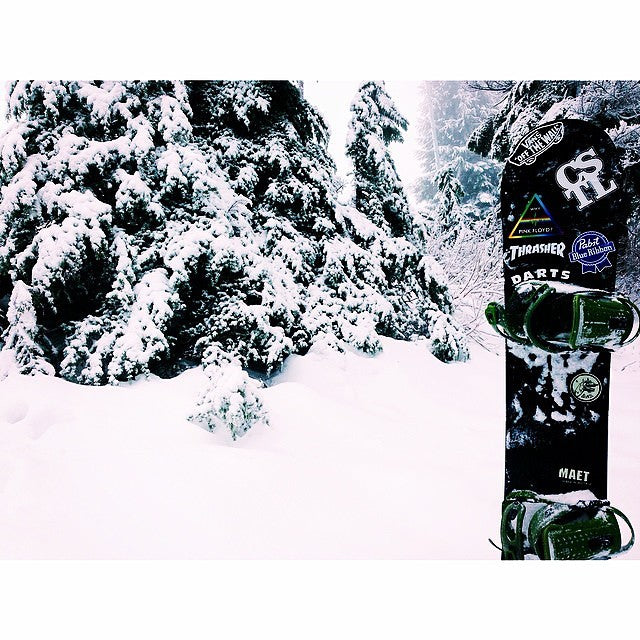 @dudewhateverman got into the white stuff @cypressmtn today on his @dinosaurs_will_die #Maet. #boardin #BoxingDay
