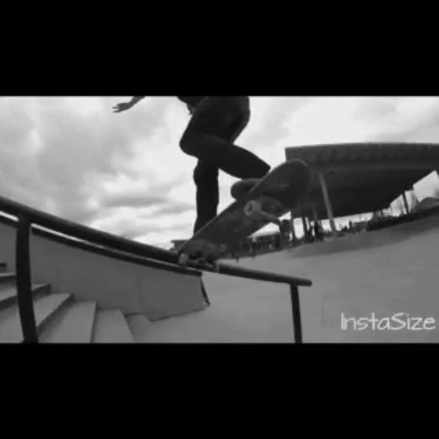@fuckimsorry aka Mikey Ray is real nice on his board. Witness video evidence at Cloverdale park! Filmed and edited by @brendannielsen15 #clvdreport #CoastalRiders #CSTL #skateboarding