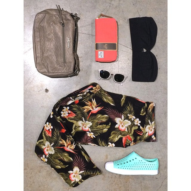 More ladies summer clothes and accessories hitting shelves today! #CoastalRiders #CSTLladies @herschelsupply @volcom