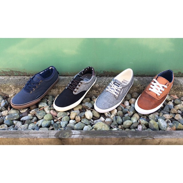 New at the shop. Our first drop of @deklinefootwear is here. These shoes have classic clean and very skateable design, especially the @aaronjawshomoki and @dakota_servold pro model shoes. #dekline #CoastalRiders #CSTL #Langley @ultimatedist
