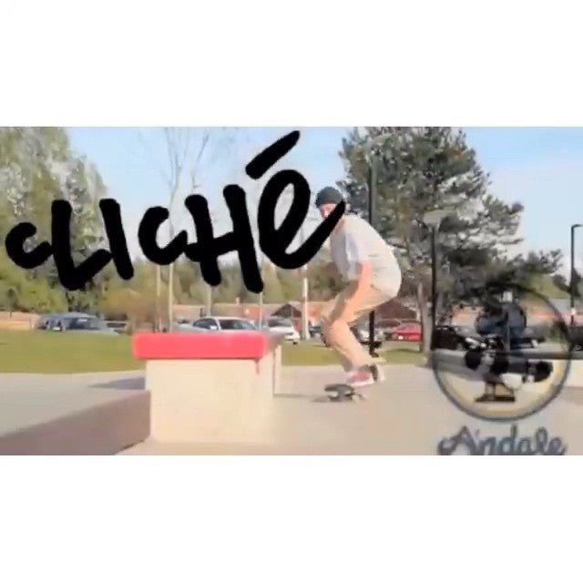 Steven Burke aka @yzeebs just put out a really sick park edit for @dwindlecanada. The link is in our bio. @clicheskate @andalebearings #CoastalRiders #CSTL #Cloverdale
