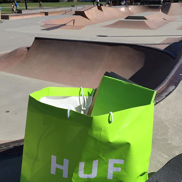 The product bag is out for the #CSTLhangtime at Pitt Meadows park.get here before its all gone. Thanks to @hufworldwide @miamihighco @thereddragons @bronsonspeedco @centredist @takefivetrading