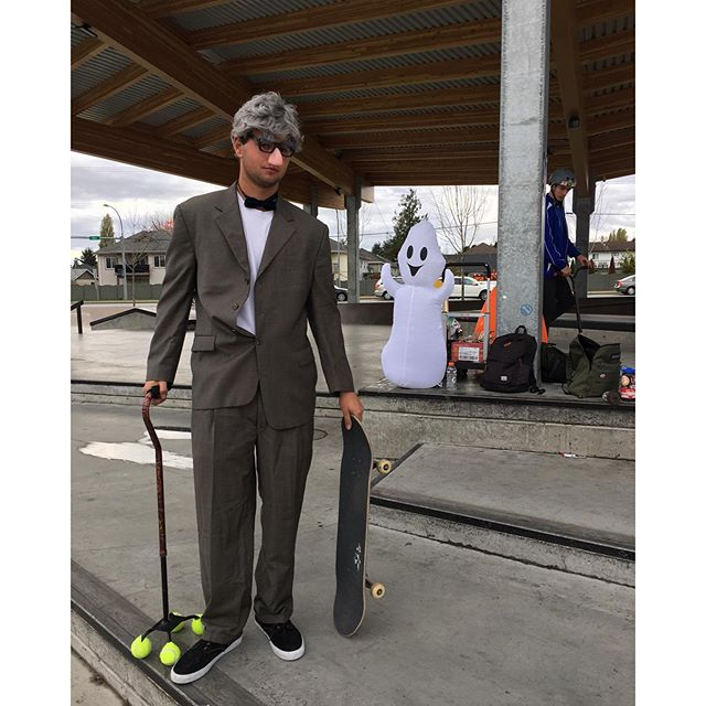 Team rider @brendannielsen15 is all dressed up for the Halloween jam at Cloverdale skatepark put on by himself and the @thecityofsurrey. Get down there for free candy and prizes