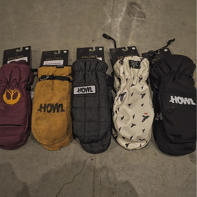 @howl mitts looking rad as usual. Come grab a pair! #HOWL @gnarly_clothes @caseyjonesagency
