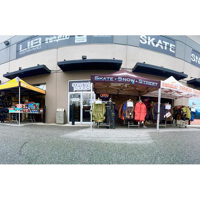 Our annual Turkey Sale is started! Get down here for awesome sales on 2015 snow gear! 50% off outerwear / 40% off hardgoods and many more! #TurkeySale #coastalriders