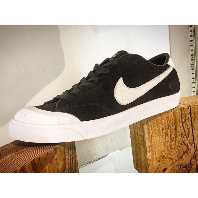@nikesb @corykennedy All Courts now available in store. Come snag a pair before they're all gone!