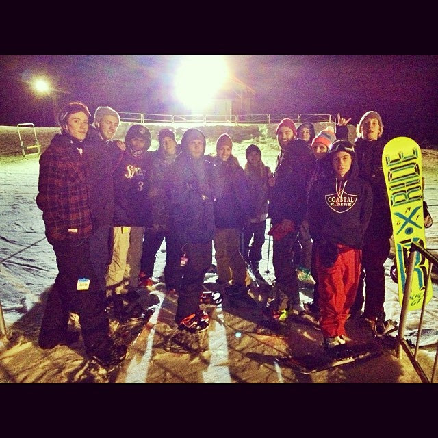 Had the whole crew out at @mtseymour last night for some nightlaps. outforarip @tysonbrunton @grantv17 @samhampton @theratchetwrangler @zach_janz @prostate666 @briannalake @scottfierbach @joshsundvik_ @lindsayllove