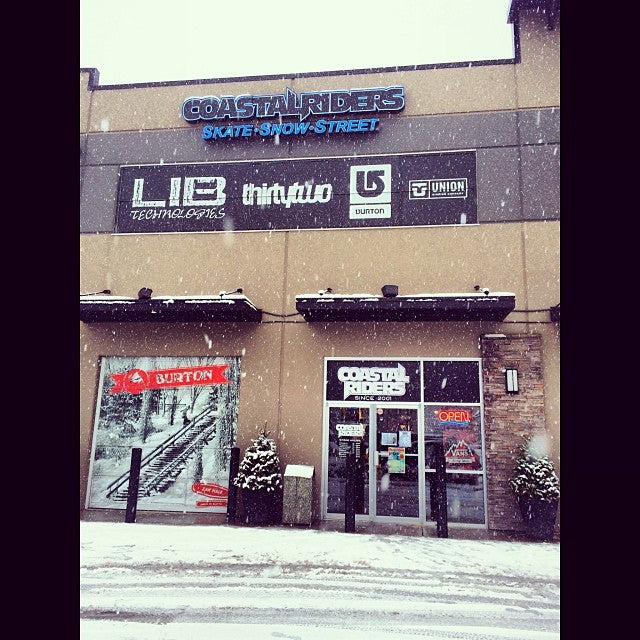 Its snowing in langley today. Go hit some handrails! Get some city pow laps!