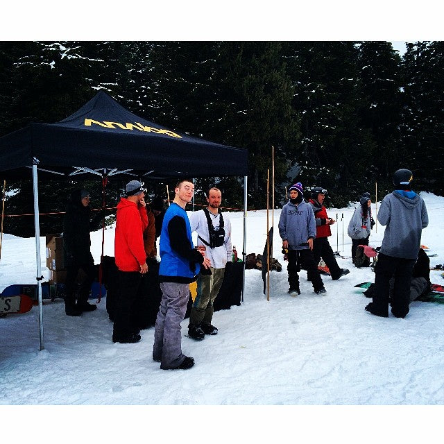 Hot dog break at the @analogclothing #gohuckyourself @mtseymour. We got a great wiener to bun ratio. #coastalriders