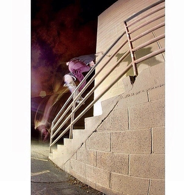 @andrewclasson and @samhampton are on a trip to Cali. Here Andrew warms up with a backlip. @altonphoto.