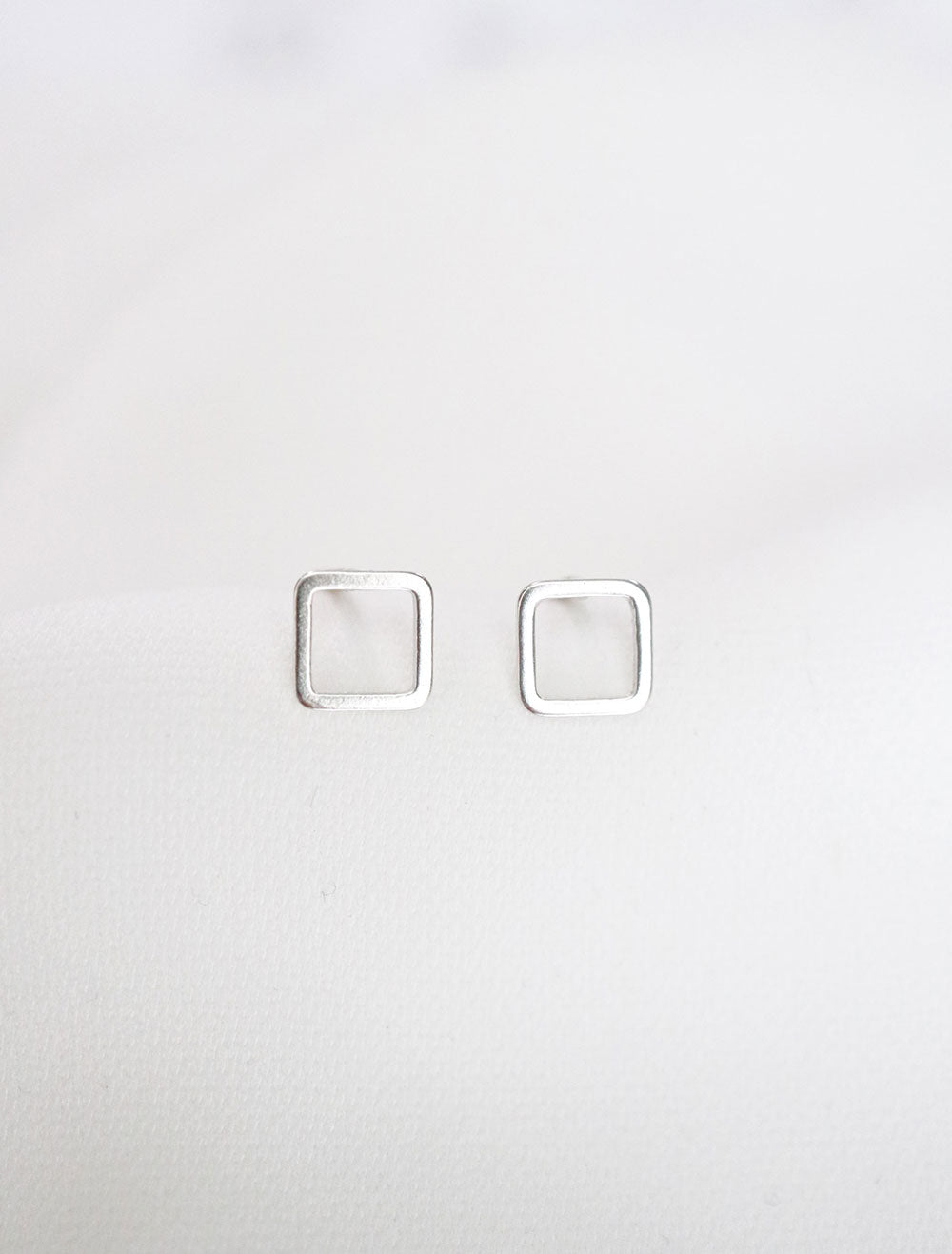 sterling silver open square stud earrings