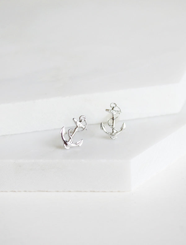 silver anchor stud earrings