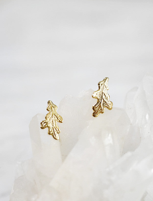 oak leaf earrings . short