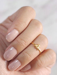 gold bee midi ring