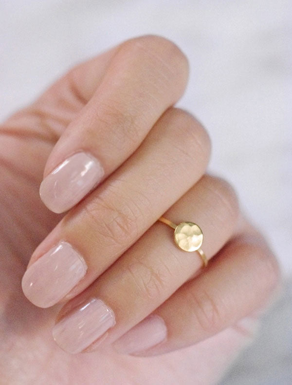 gold hammered disc midi ring