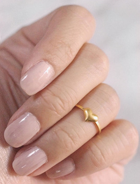 gold heart midi ring