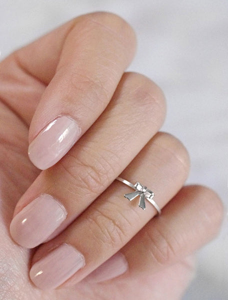 silver tiny bow charm midi ring