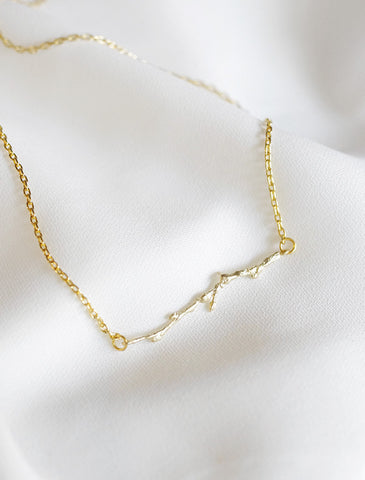 basic bisous chain necklace