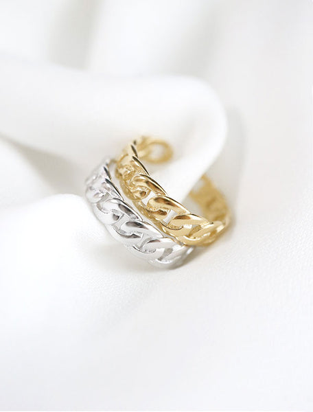 gold and silver chain rings