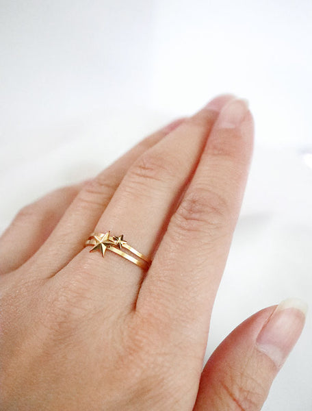 gold make a wish star stacking ring set modelled