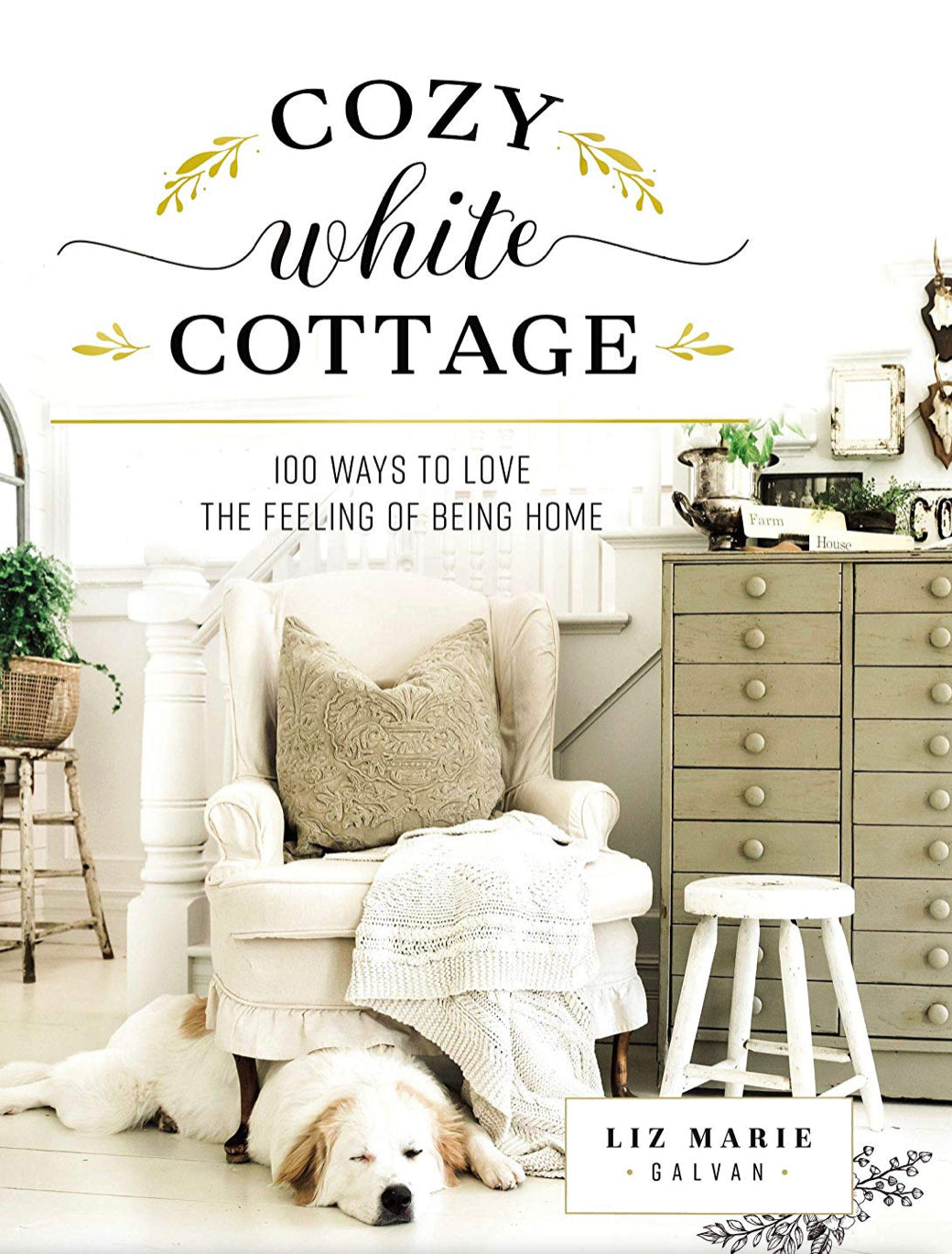Cozy White Cottage / @lizmariegalvan