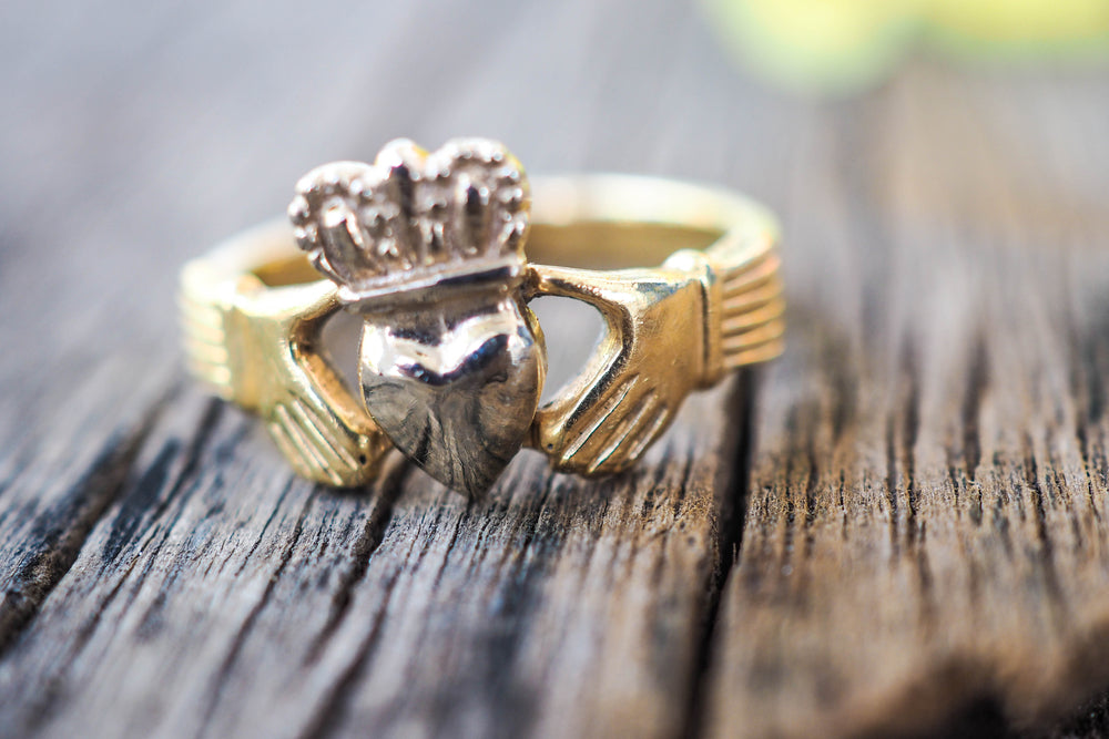 claddagh ring design