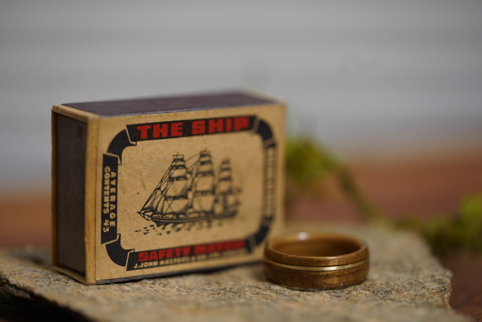 (In-Stock) USS North Carolina Teak & Whiskey - Jack Daniel's w/Offset Brass Inlay - Size 6.5/6 mm Wide