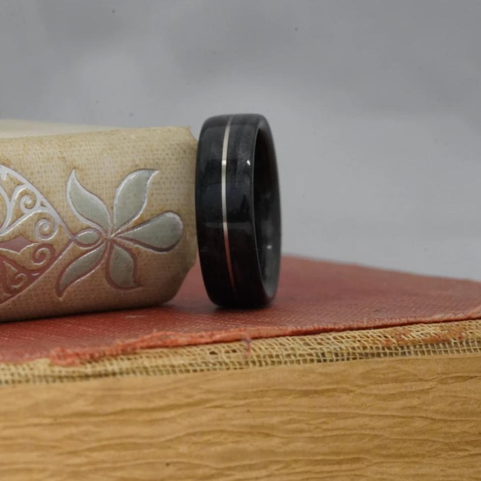 (In-Stock) Weathered Jameson Whiskey Barrel w/Centered White Gold - Size 9.5/8mm Wide