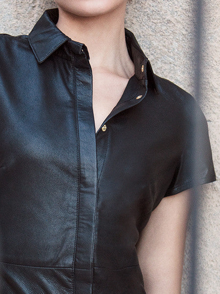 FEATHER LIGHT LEATHER BUTTON-UP